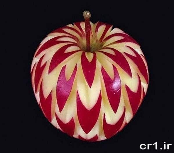 تزیین سیب قرمز