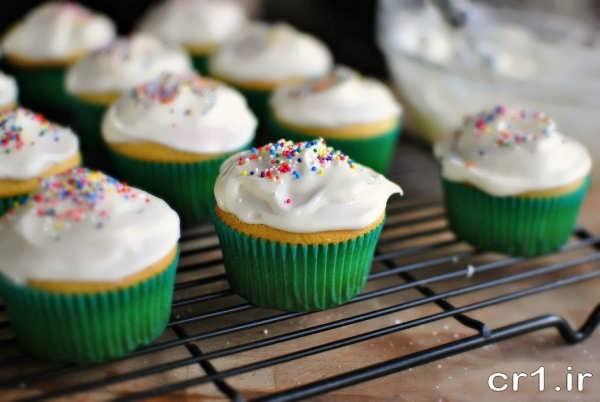 کاپ کیک تزیین شده