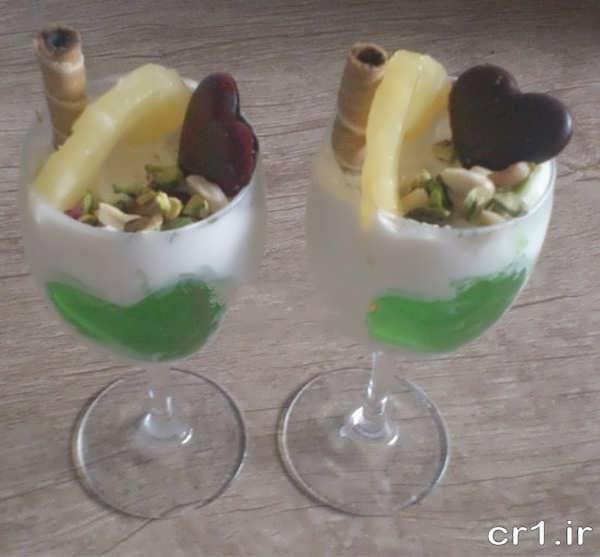 تزیین زیبا و ساده بستنی در ظرف