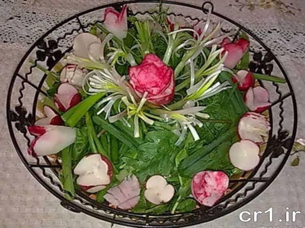 تزیین سبزی خوردن به شکل گل