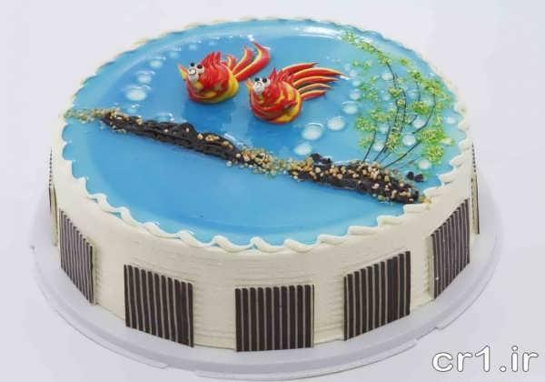 کیک تزیین شده با ژله آبی