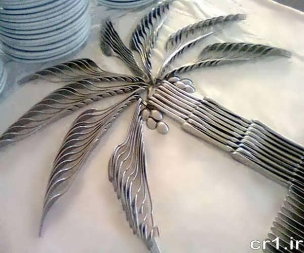 چیدن قاشق و چنگال به شکل نخل
