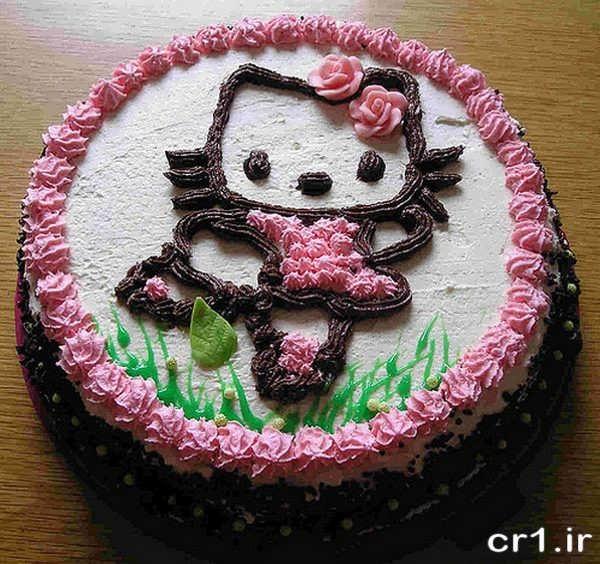تزیین کیک تولد کیتی