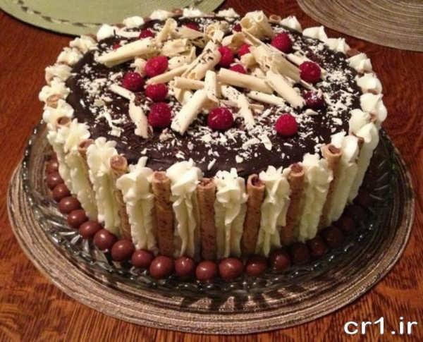 تزیین کیک تولد خانگی جدید