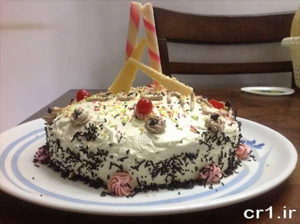تزیین ساده کیک جشن تولد خانگی