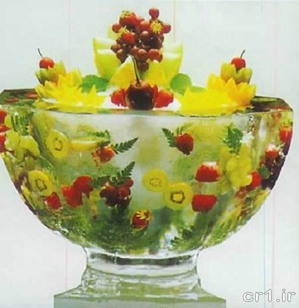 تزیین کاسه یخ با گل و میوه