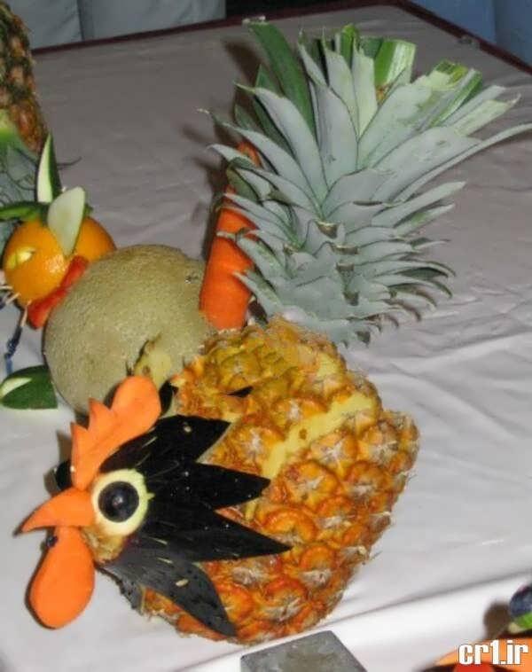 تزیین آناناس به شکل خروس