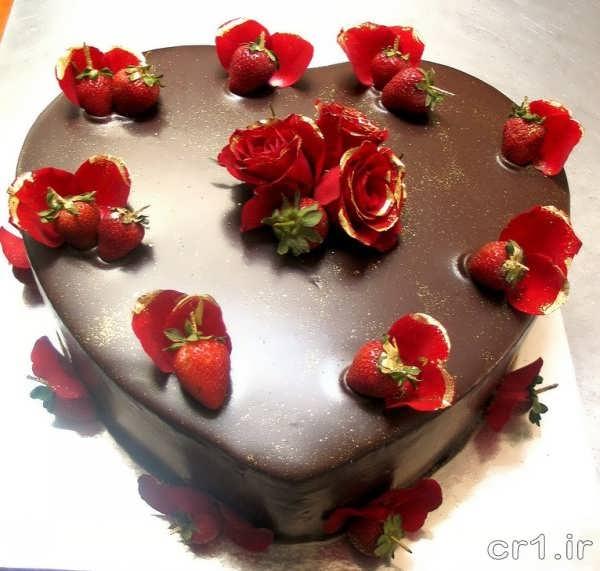 تزیین کیک سالگرد ازدواج با گاناش
