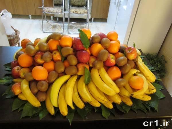 تزیین زیبای میوه روی میز