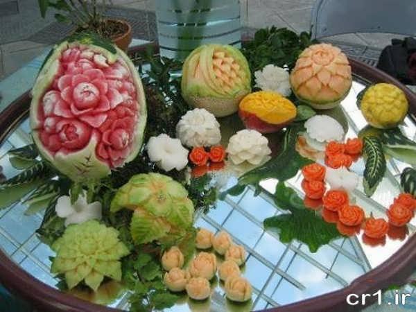تزیین میوه روی میز برای سفره عقد