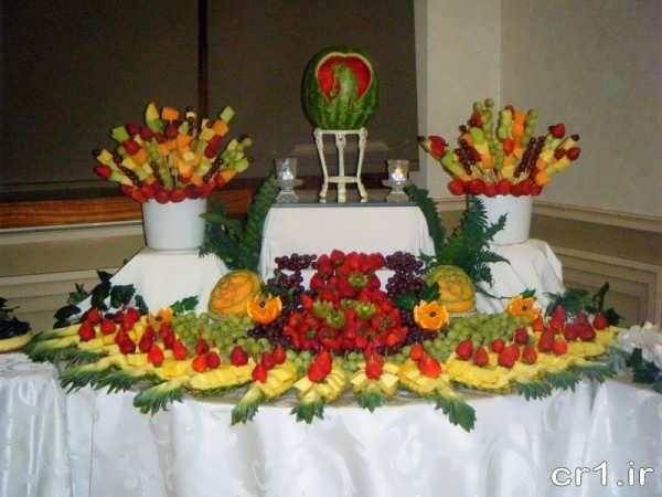 تزیین میوه روی میز برای تولد
