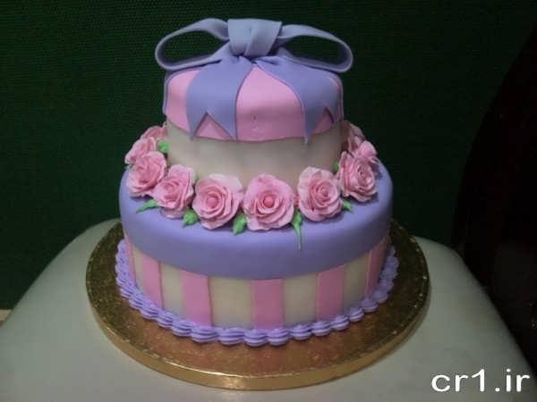 تزیین کیک نامزدی با فوندانت