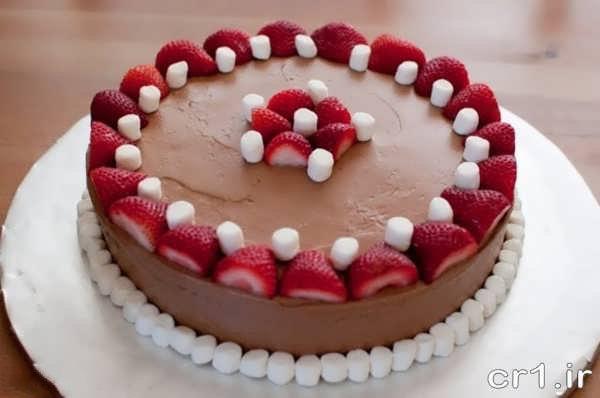 تزیین زیبای کیک اسفنجی