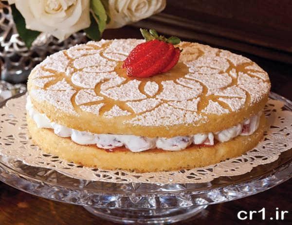 تزیین کیک ساده و بدون خامه