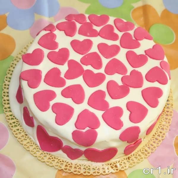 تزیین ساده کیک تولد با فوندانت