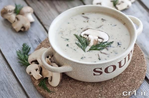 تزیین سوپ با قارچ