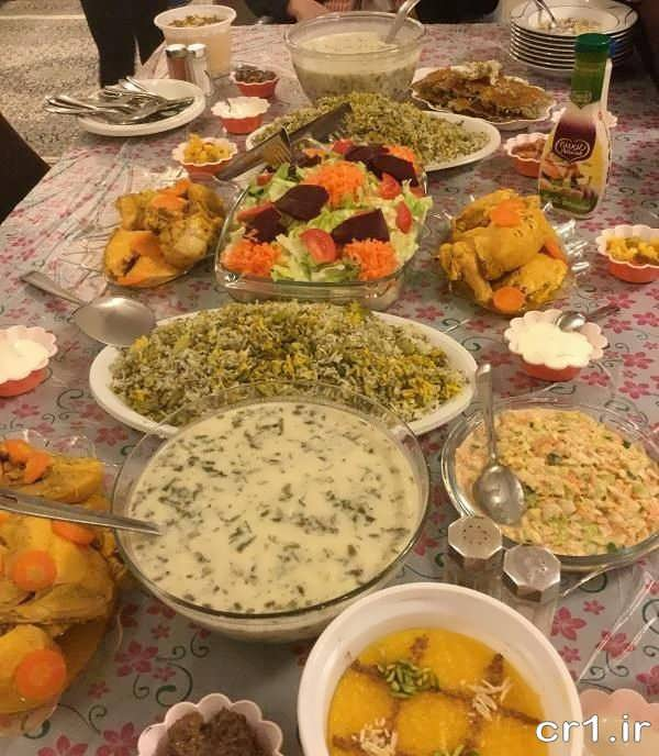 تزیین سفره غذا برای مهمانی