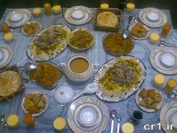 تزیین سفره غذا ایرانی