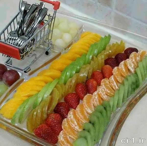تزیین میوه در ظرف برای تولد