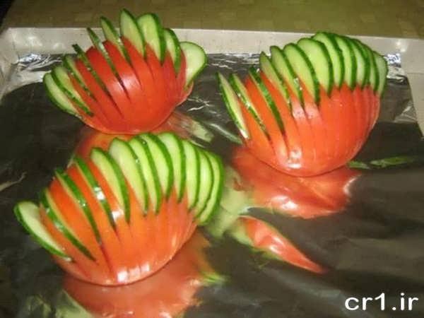 تزیین زیبای خیار و گوجه برای سالاد
