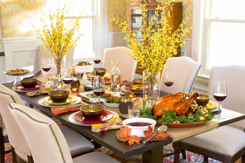 تزیین میز شام شیک و زیبا