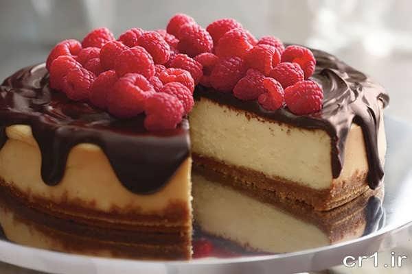 تزیین و دیزاین چیز کیک با میوه