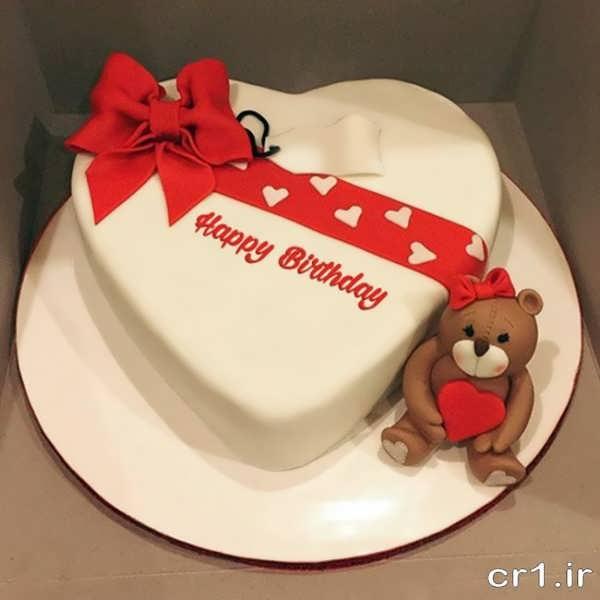 تزیین عاشقانه کیک قلبی