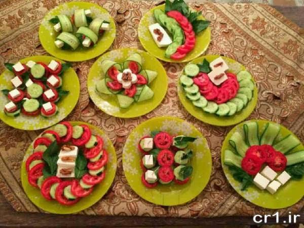 تزیین گوجه و خیار و پنیر