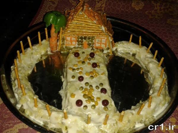 تزیین سالاد الویه با چوب شور و هویج