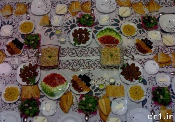 سفره آرایی ساده و شیک ایرانی