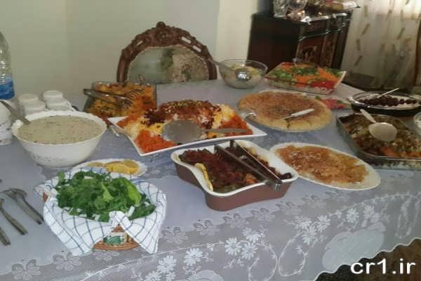 تزیین میز غذای ایرانی