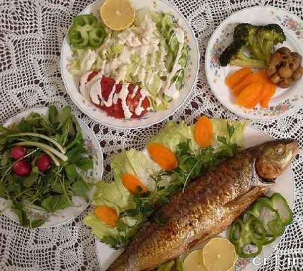 تزیین غذا و سالاد مهمانی