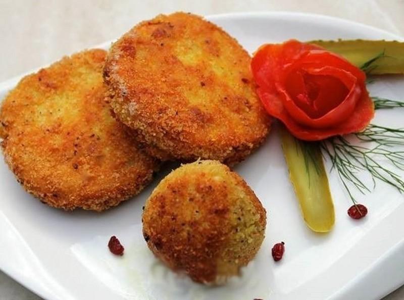 طرز تهیه کوکو مرغ با سیب زمینی
