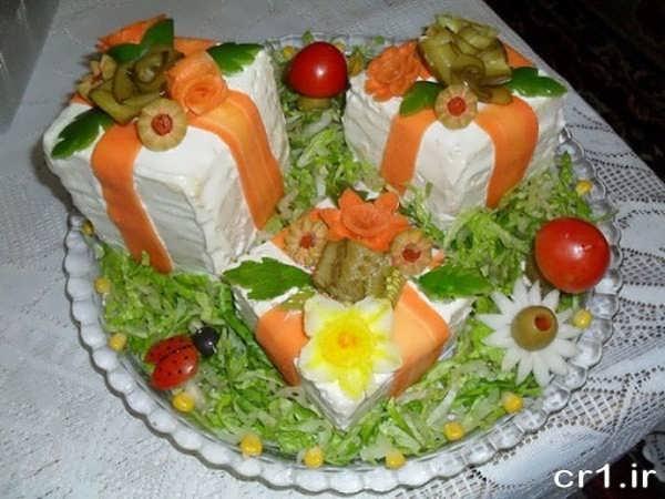 تزیین سالاد الویه به شکل کیک