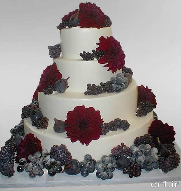 دیزاین کیک عروسی با گل طبیعی