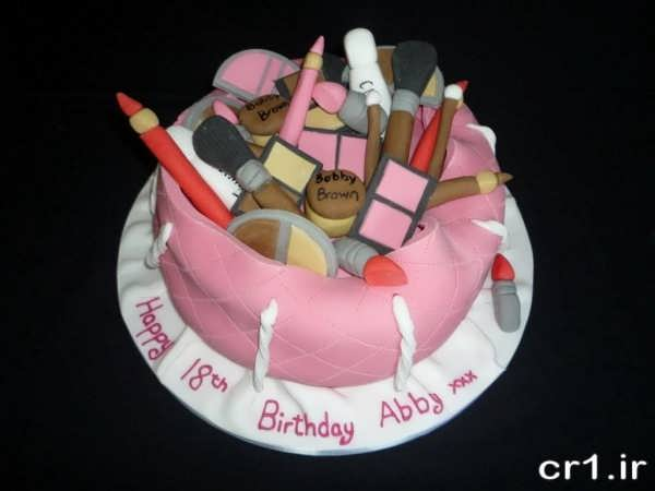 تزیین روی کیک تولد دخترانه