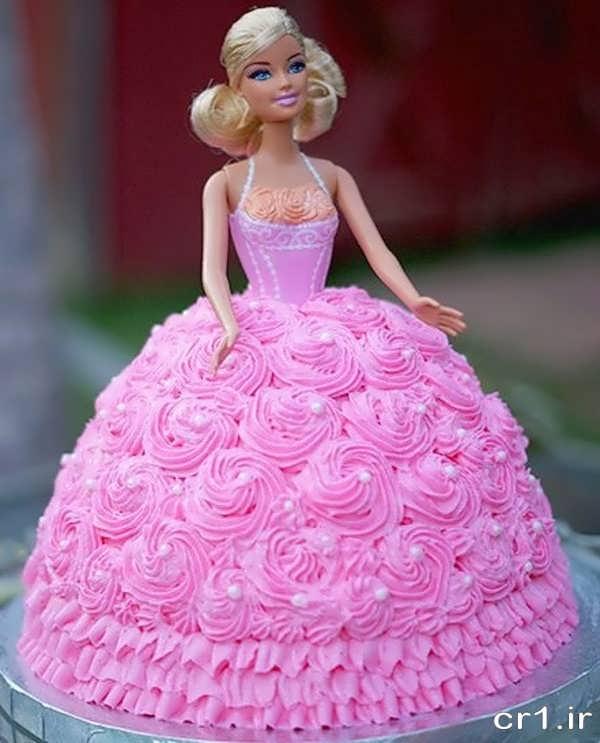 تزیین کیک تولد با عروسک