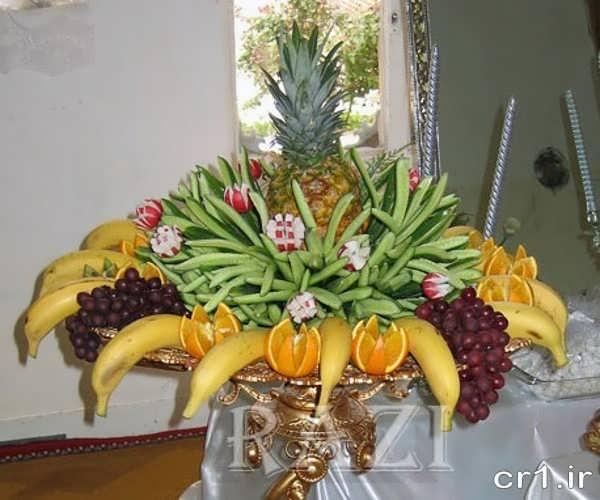 تزیین میوه شب یلدا عروس و داماد