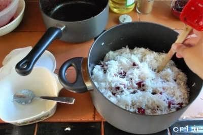 روش پخت آلبالو پلو در منزل
