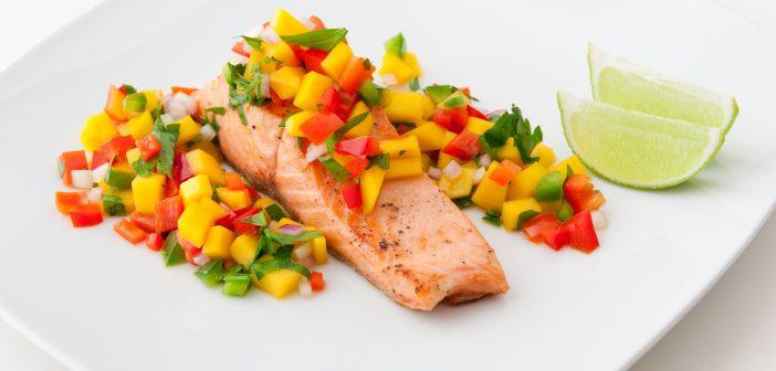 طرز تهیه ماهی سالمون خوشمزه با سس سالسا