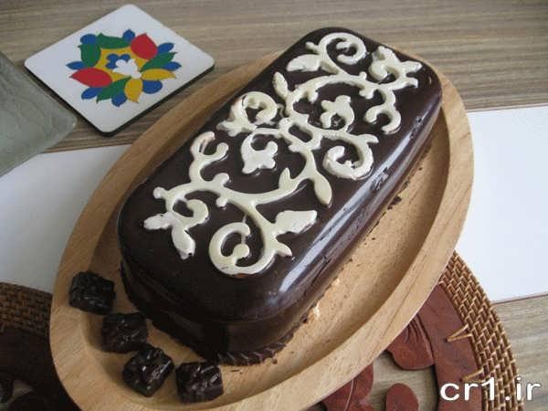 تزیین زیبای کیک یخچالی با شکلات