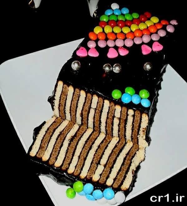 تزیین زیبای کیک یخچالی