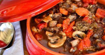 طرز تهیه خورش قارچ خوشمزه و لذیذ در منزل