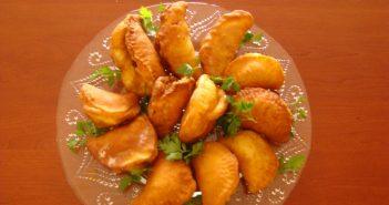 طرز تهیه پیراشکی مرغ به همراه نکات طلایی