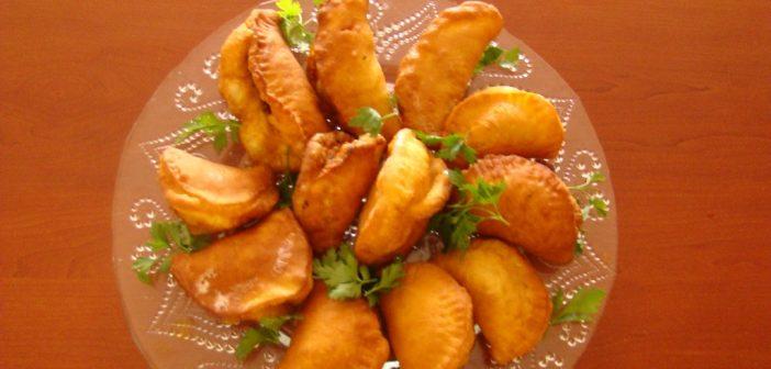 طرز تهیه پیراشکی مرغ لذیذ و نکاتی برای پخت بهتر