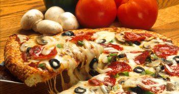 طرز تهیه پیتزا پپرونی در منزل
