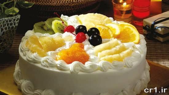 تزیین کیک خامه ای با میوه
