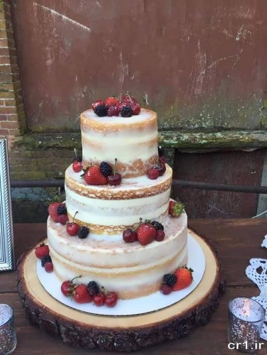تزیین کیک چند طبقه با میوه
