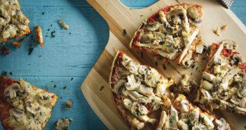 طرز تهیه پیتزا قارچ و گوشت در منزل