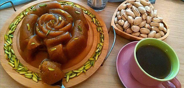 طرز تهیه حلوا با شیره انگور خوشمزه و سالم در منزل